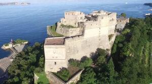 قلعة أراغون بايا